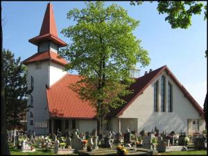 Cmentarz przy kościele